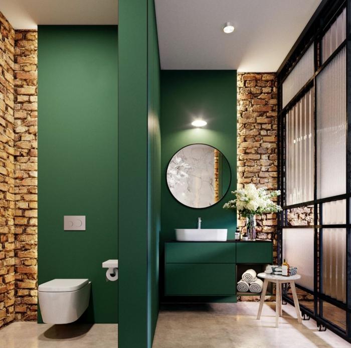 Cool idée comment aménager une salle de bain moderne au style industriel avec briques et peinture murale verte, déco petite salle de bain, salle de bain zen relocation de vintage