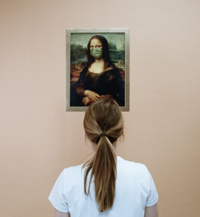 photo originale de mona lisa vec masque anti virus, idees par quoi remplacer la masque chirurgicale FFP2