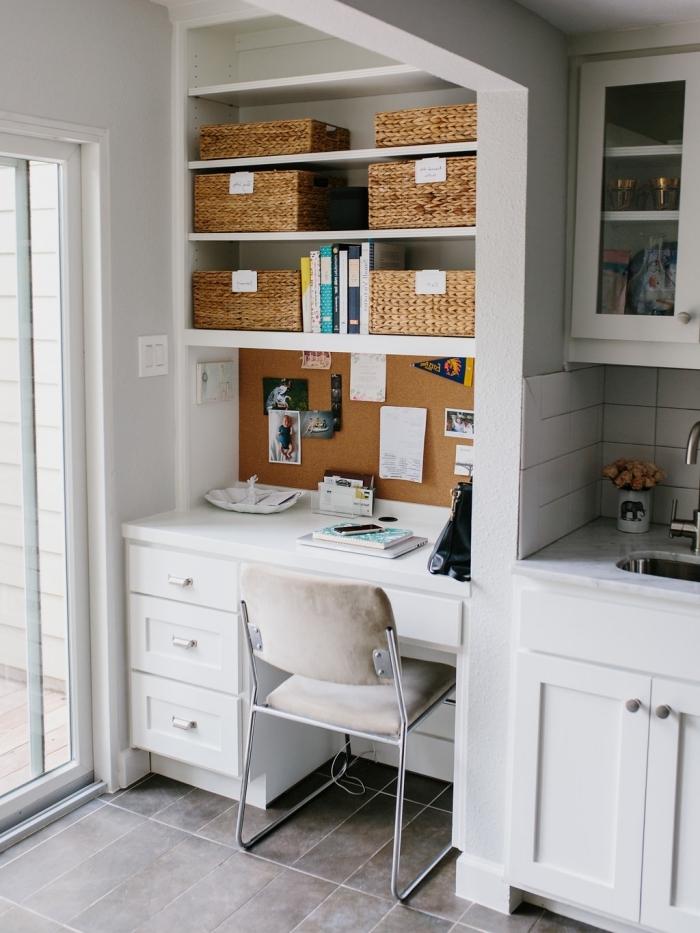 exemple comment aménager un bureau dans la cuisine, idée agencement coin de travail dans un espace limité dans la cuisine
