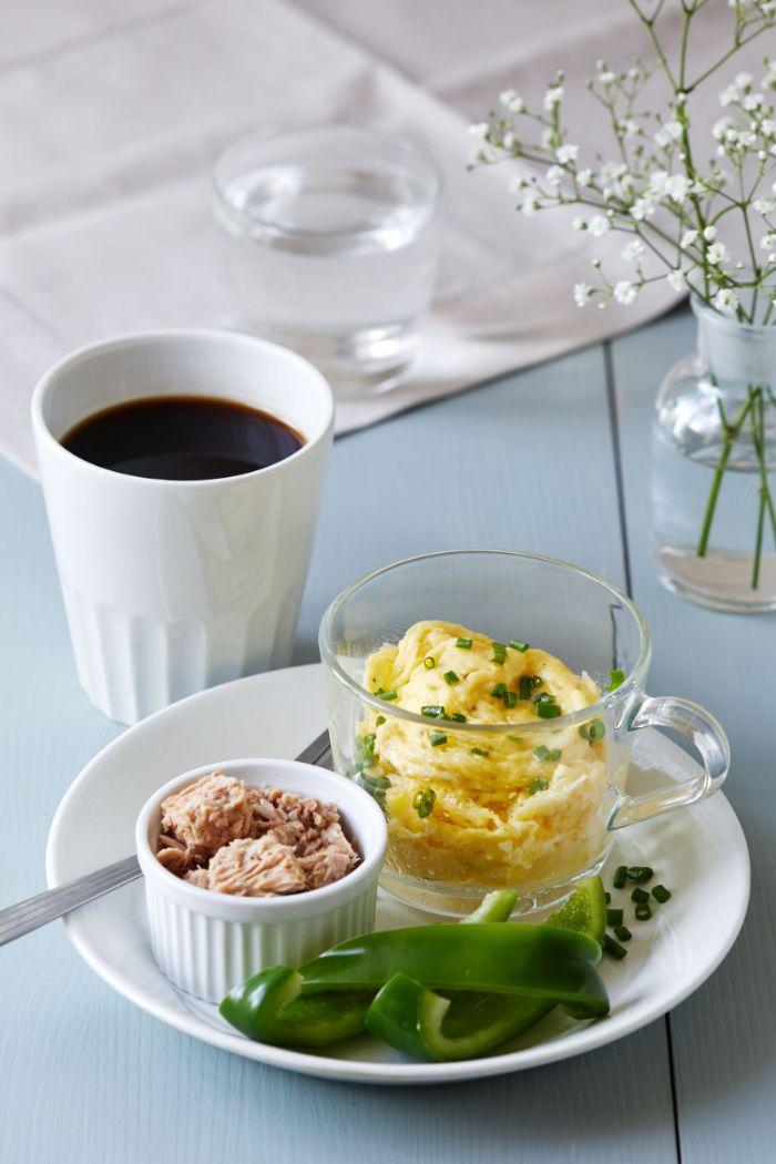 purée d oeufs aux oignons verts, poisson thon, lanières de poivron vert pour votre menu cetogene