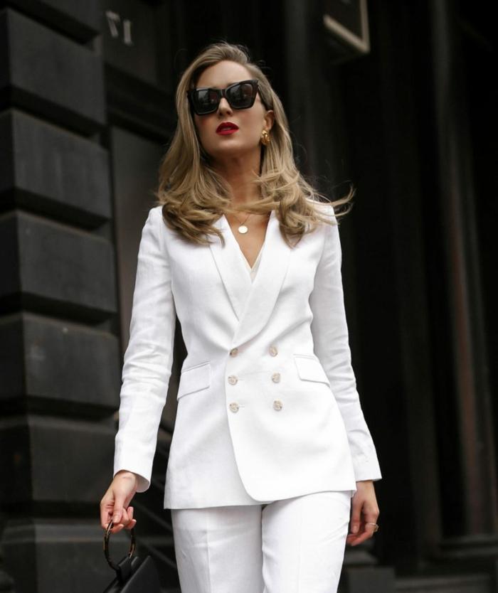 Comment être une femme stylée, costume femme mariage, tailleur blanc femme smoking tenue de jour
