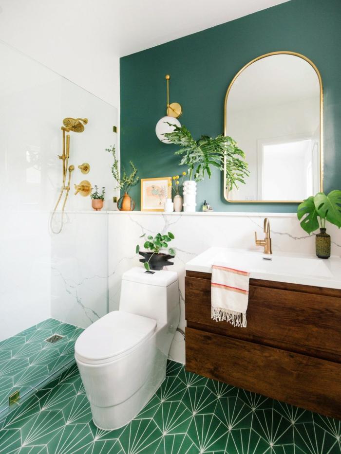 Magnifique idée comment amenager la salle de bains en vert et doré quelle couleur pour une salle de bain, couleur salle de bain