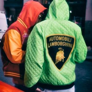 Supreme x Lamborghini, la collection du 2 avril se dévoile