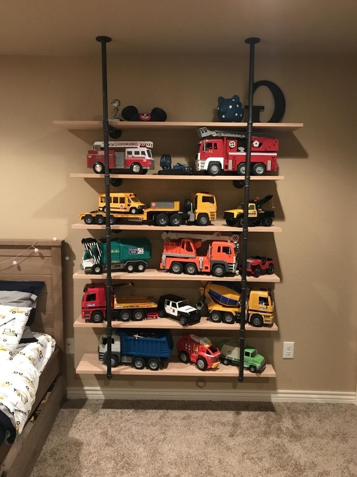idée comment optimiser l'espace dans la pièce d'enfant avec un rangement chambre enfant facile à faire soi-même