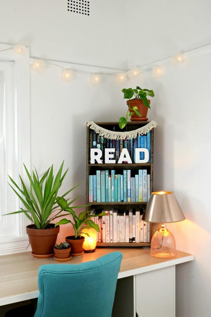 quelle plante pour chambre choisir pour décorer un bureau à domicile moderne, déco petit espace de travail dans une chambre bohème