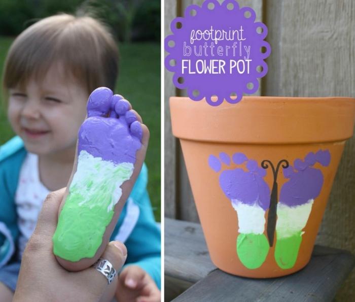 idée comment personnaliser un vieux pot de fleur avec peinture, exemple de pot de fleur avec empreinte de pied en forme de papillon