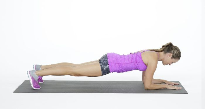 exercice de gainage sur les avant bras, exemple exercice comment perdre du ventre repidement sans bouger