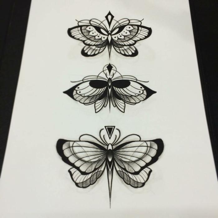 Magnifique idée tatouage symbole de la vie dessin mignon beaux papillons, dessin noir et blanc cool