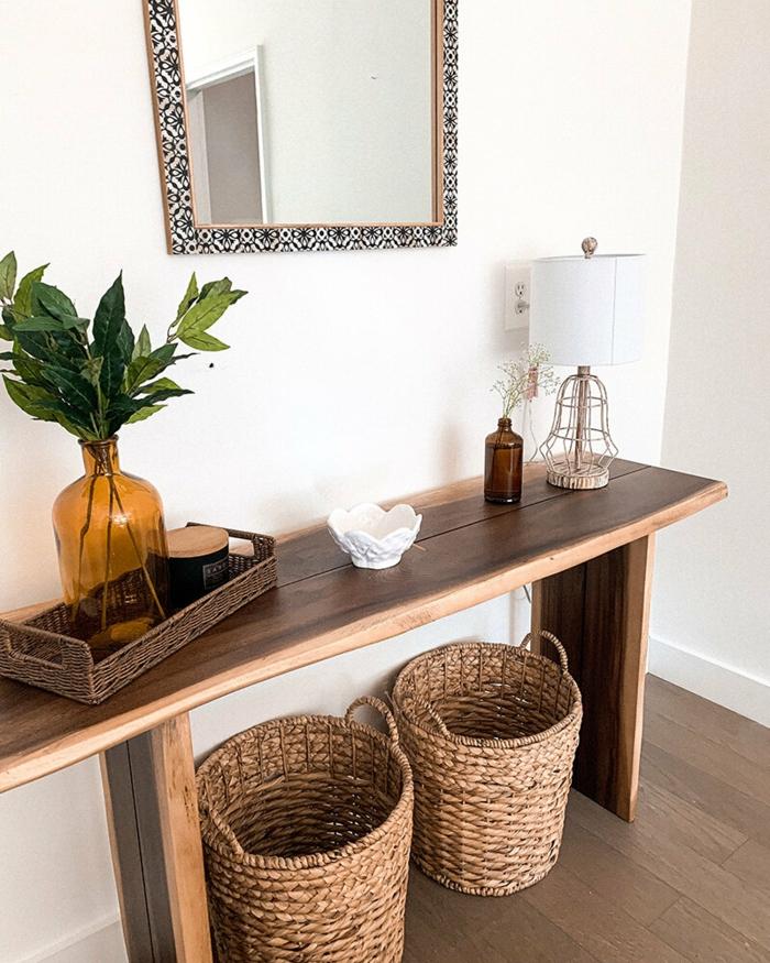 Banc en bois pour rangement entrée simple aménagement petit appartement 40m2, les meilleures idées déco