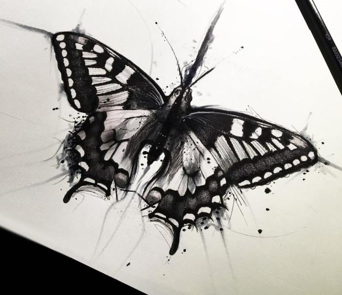 Encre noir dessin chouette de papillon, comment dessiner un papillon en 3d