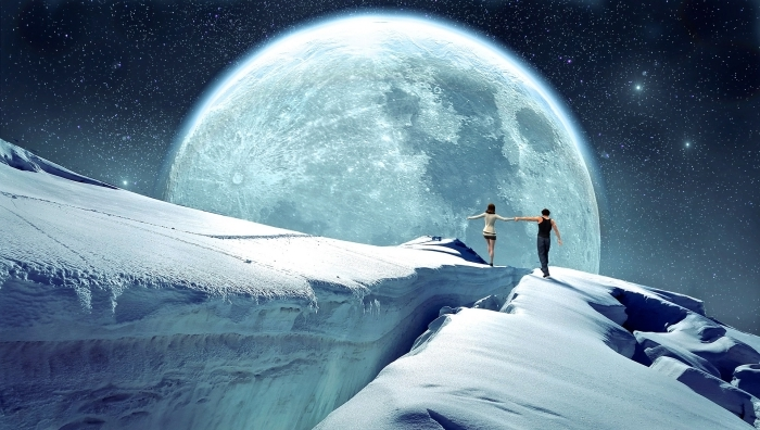 fond d écran pc fantaisie, image de couple amoureux qui se balada dans le cosmos, idée wallpaper pc sur le thème univers