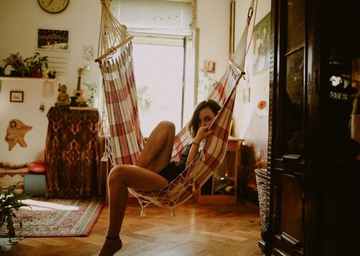 Hamac femme fond d'écran d été, image fond d'écran, les plus belles photos maison hippie