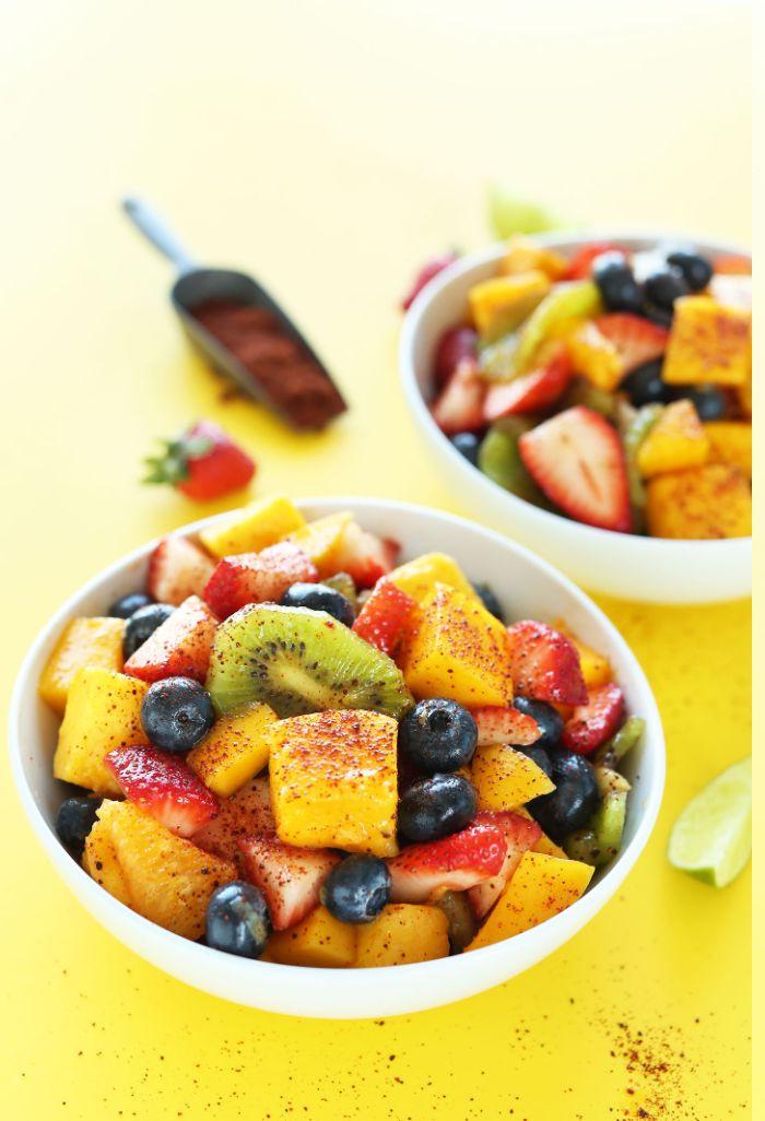 salade de fruits de saison à la cannelle et sirop d erable, idee de dessert aux fruits original et simple