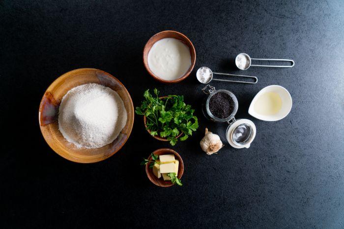 commen faire un pain indien, ingredients necessaires pour prerparer naan maison facile