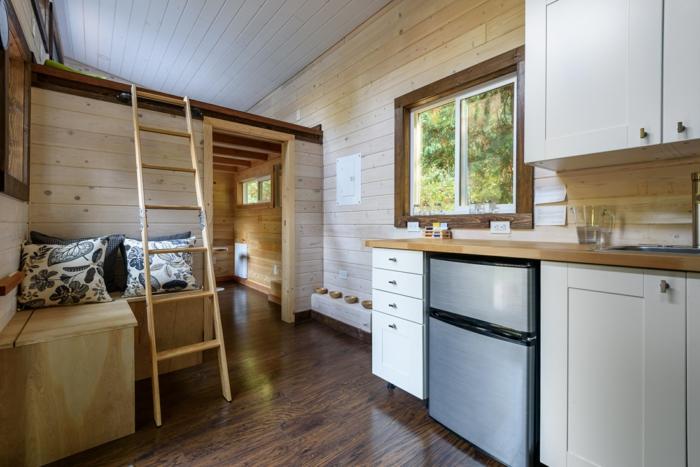 Caban bois aménagement studio 25m2, déco de petit appartement se sentir bien
