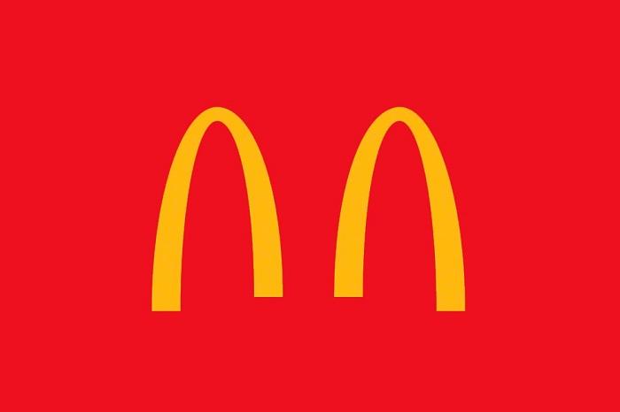 Mc Donald s a lancé la mode du logo modifié pour ladapter à la situation actuelle de distanciation sociale