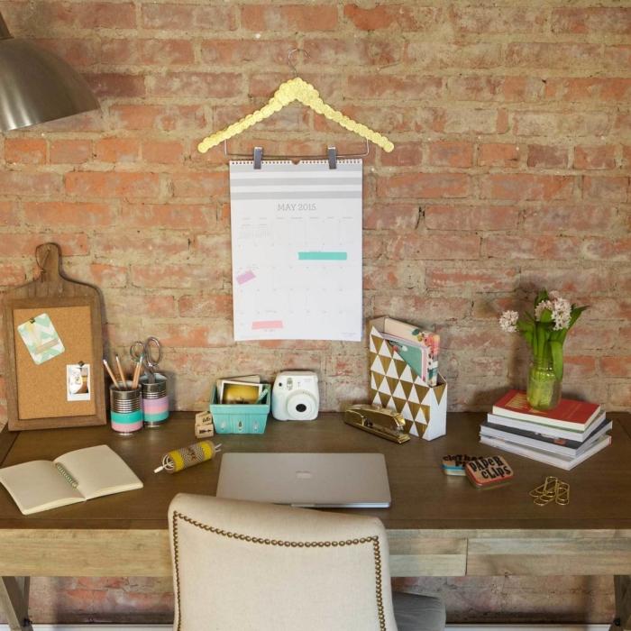 deco a faire soi meme facile à zéro budget, exemple comment bien décorer son bureau avec matériaux de récupération