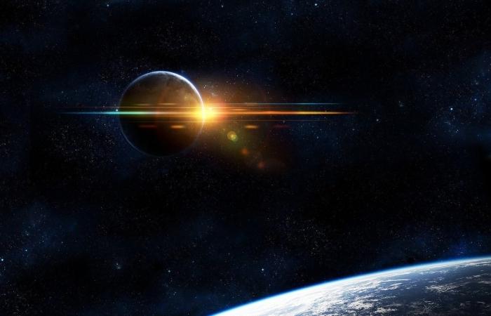 beau fond d écran pour ordinateur sur le thème cosmos, image planète dans l'espace entourée d'étoiles