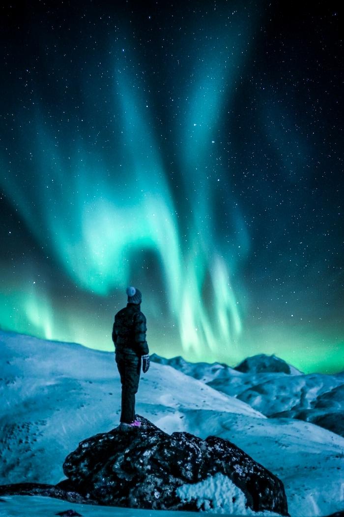 photo fond d écran pour smartphone sur le thème phénomène lumineux, image aurore boréale et ciel étoilé