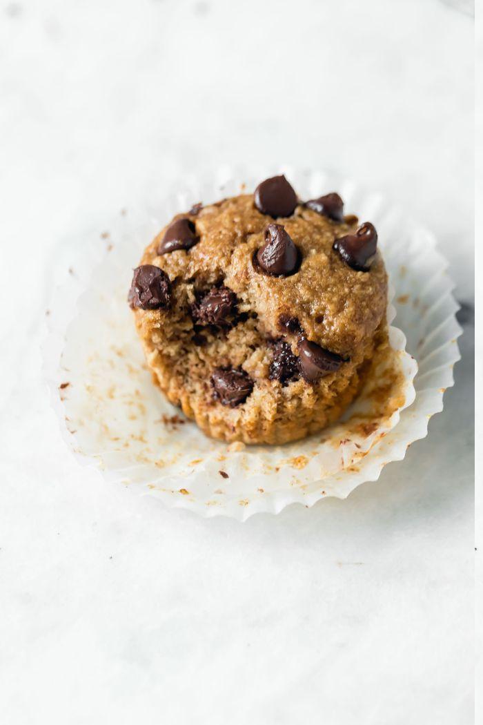 idee dessert rapide et léger, muffins healthy banane chocolat avec beurre de cacahuete et farine d avoine