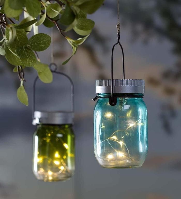 que faire avec des vieux jars en verre, idées loisirs créatifs facile et rapide, diy suspension lumineuse avec bocaux recyclés