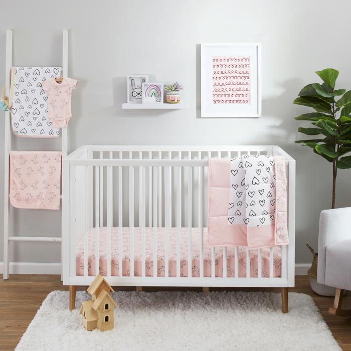 Comment décorer la chambre enfant tapis blanc mur gris image chambre fille rose et gris, peinture chambre bébé fille