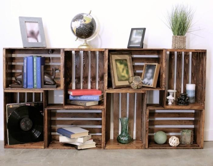 comment fabriquer bibliotheque en caisses de bois originale, exemple étagère rectangulaire à réaliser avec des cagettes