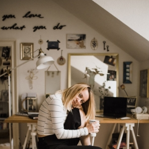 Aménager son bureau dans un petit espace - 7 astuces gain de place pour votre petit coin télétravail réussi
