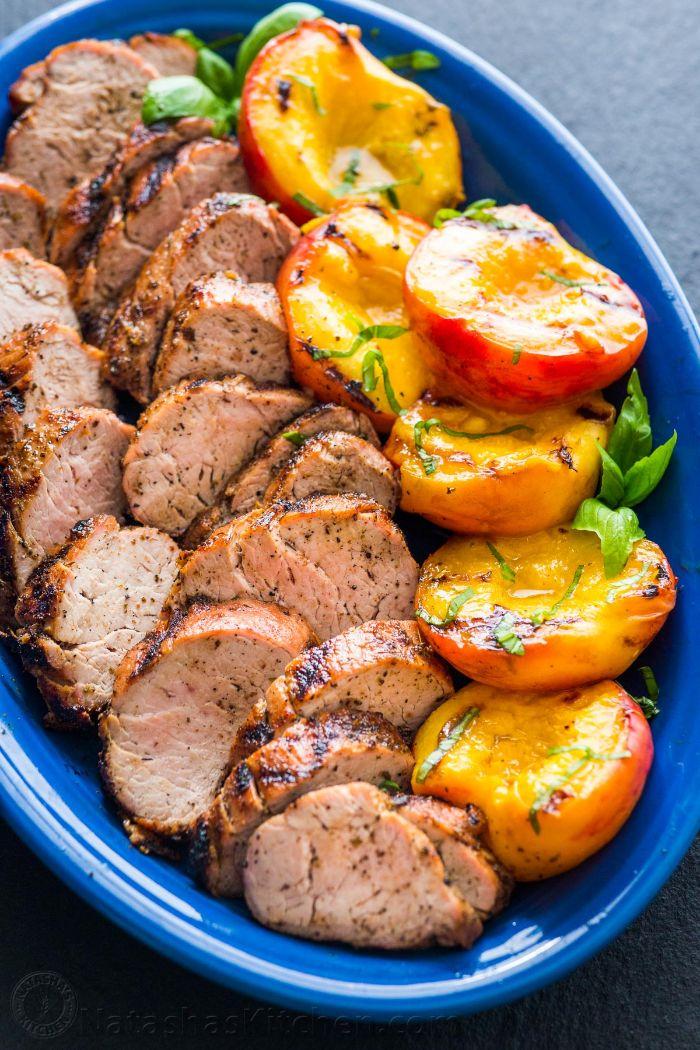 idee repas barbecue simple avec des filets de porc grillade maison avec des abricots grillés