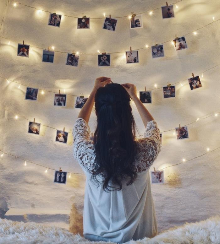 idée comment personnaliser une guirlande lumineuse interieur avec photos, projet créatif pour personnaliser les murs dans sa chambre