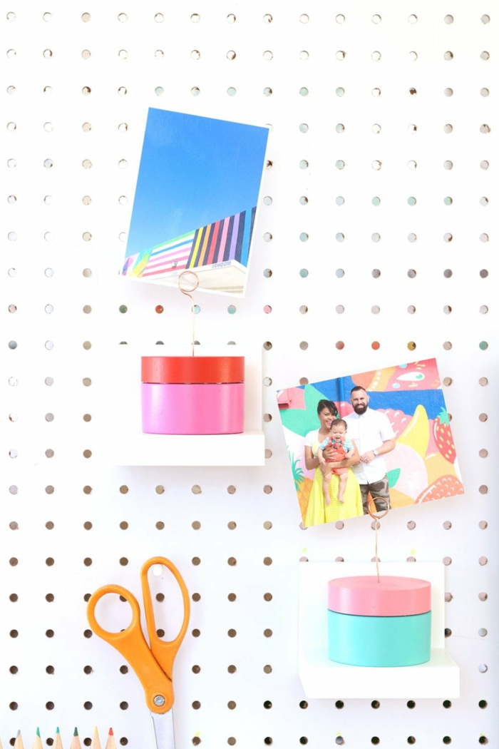 Coloré deco photo, lumineuse guirlande photo pour faire une jolie décoration diy porte photo