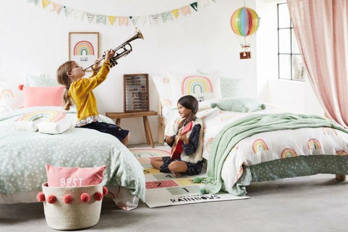 Deux soeurs en une chambre joviale arc en ciel deco chambre bebe fille, chambre gris et rose quelle couleur chambre fille