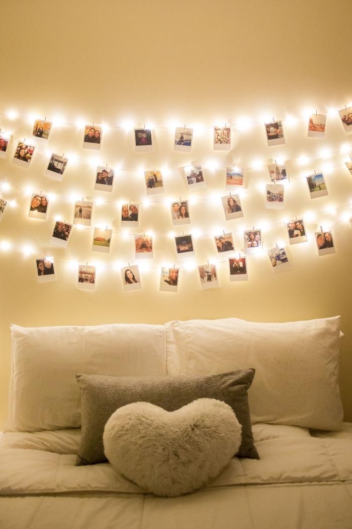 deco lumineuse dans une chambre ado, idée comment personnaliser une chaîne LED avec photos personnelles et pinces
