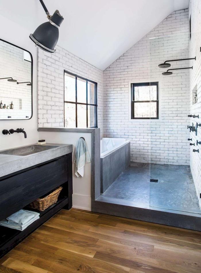 aménagement salle de bain avec baignoire béton, quelles couleurs pour décorer une salle de bain contemporaine
