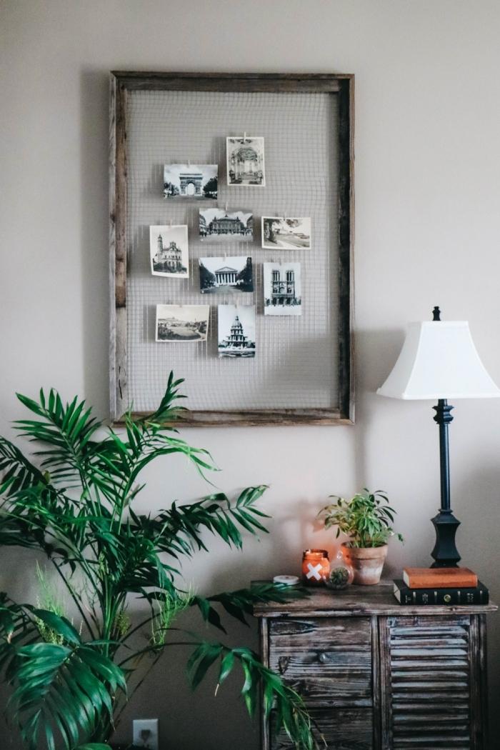 décoration chambre à coucher adulte photos sur grillage dans cadre bois récup, idée de déco murale à faire soi-même