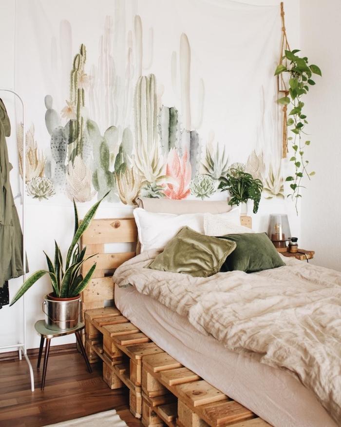 idée de deco chambre zen avec peinture murale à design cactus et plantes exotiques, aménagement chambre boho moderne