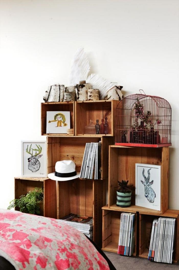 idée comment faire une bibliotheque palette ou cagettes de bois originale, décoration de chambre avec meuble de rangement DIY