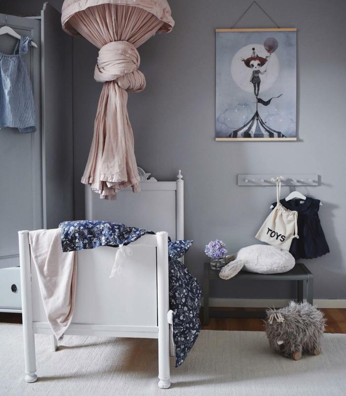 Lit pour enfant blanc princesse style mur gris inspiration chambre fille rose et gris, peinture chambre fille simple style