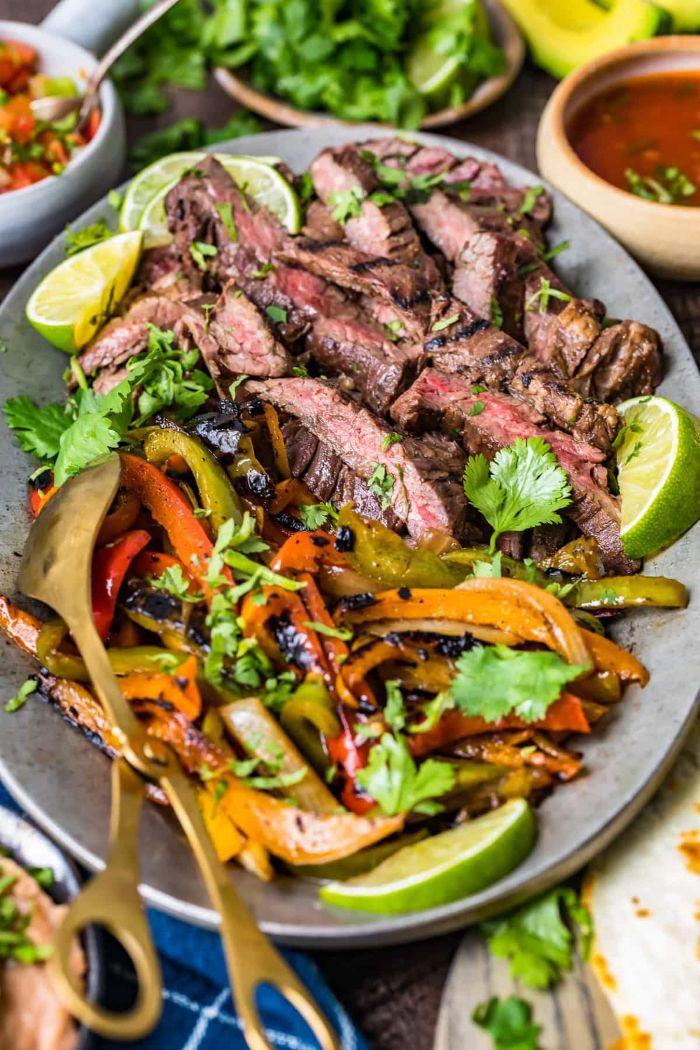 recette fajitas de boeuf simple avec des poivrons grillées à l assaisonnement pur fajitas, quoi faire au barbecue