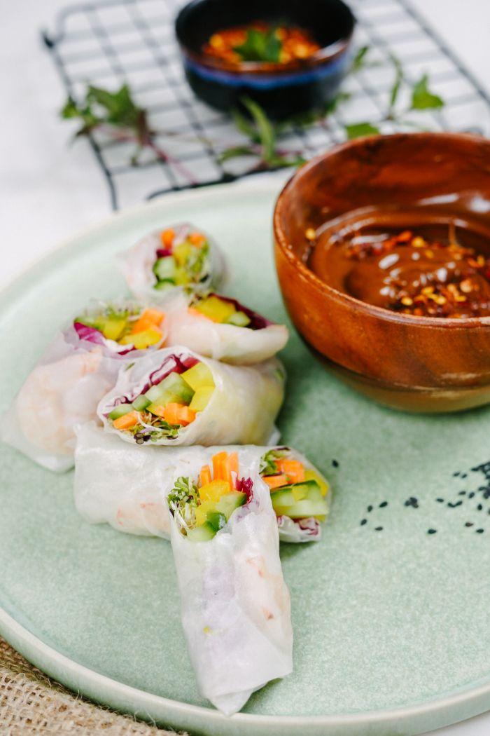 recette apero dinatoire original avec des crudités, concombres, carottes et radicchio, apero dinatoire froid simple