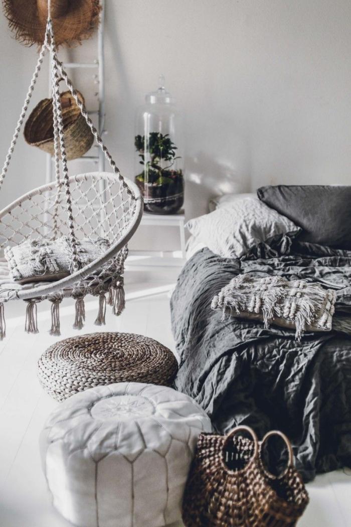 comment faire une déco d'esprit pinterest chambre avec objets bohème, design chambre blanche avec accessoires gris