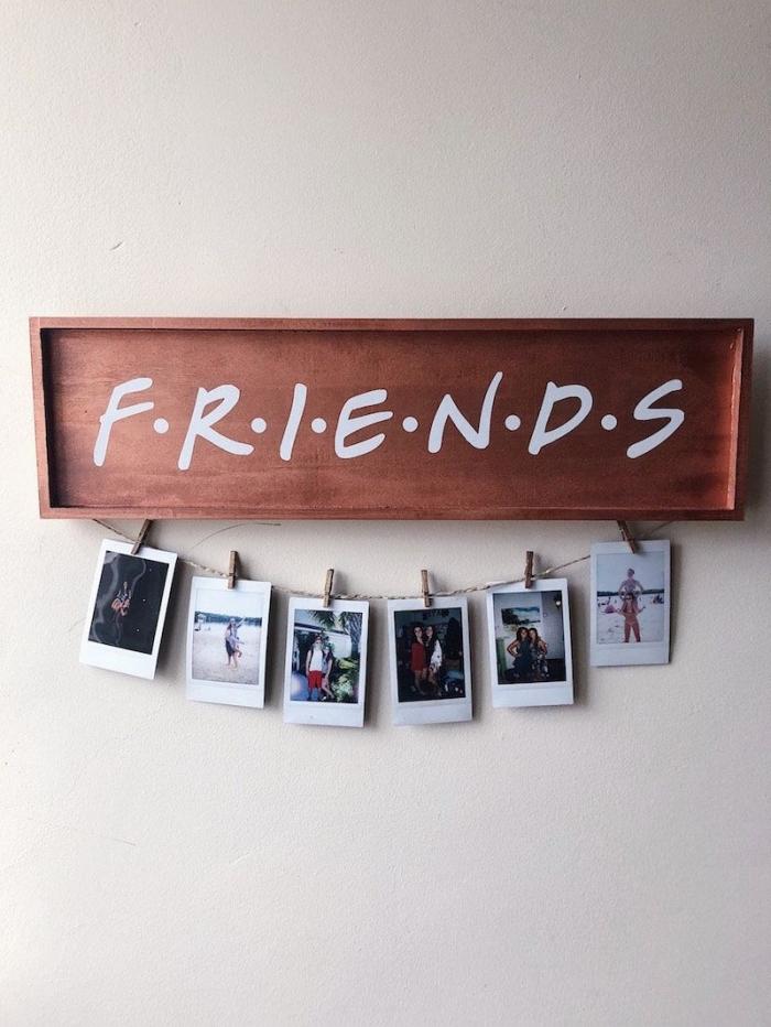 diy guirlande photo facile et rapide, idée comment décorer les murs chez soi avec une guirlande DIY, déco chambre ado avec photos