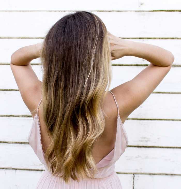 coloration cheveux lumiere eclat chevelure nuance eclaircissante balayage naturel entretien minimal
