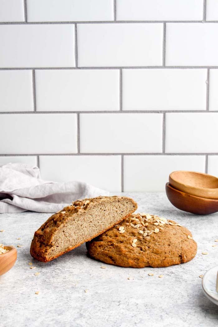 pain maison sans machine, idee de recette de pain healthy à l avoine et des farines sans gluten et husk