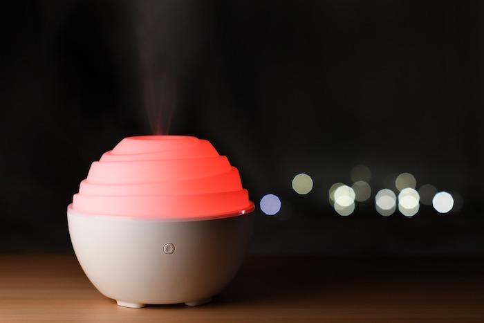 humidificateur chambre maison avec limière, avantages de l'humidificateur d air et pourquoi acheter sur lepurificateur fr