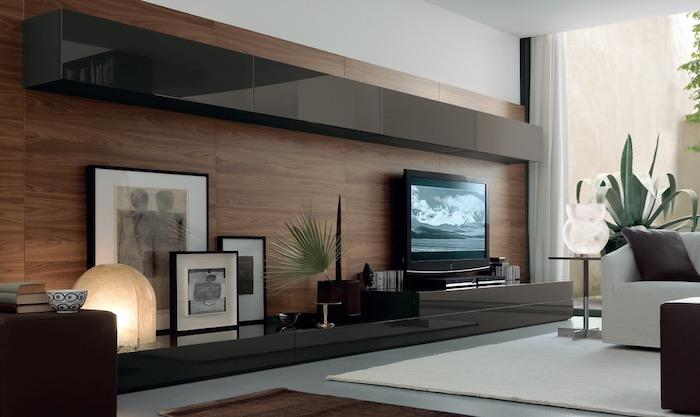 déco maison luxueux salon habiller un mur en bois idée déco originale canapé blanc grande plante verte