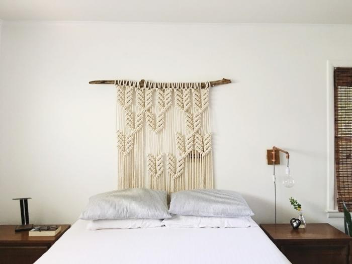 design chambre à coucher de style boho moderne style minimaliste meubles en bois foncé fabriquer une tete de lit suspension bois flotté macramé