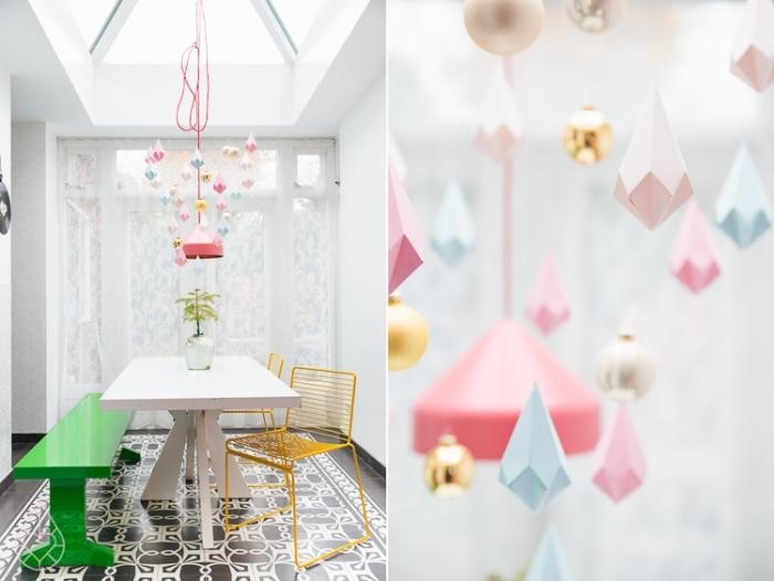 activité manuelle facile en papier, comment faire une suspension originale pour la salle à manger avec diy pyramides en papier