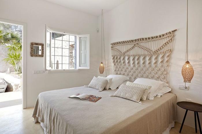 design intérieur style exotique esprit balinais accessoires tressés luminaire lampe suspendue tete de lit originale noeud macramé