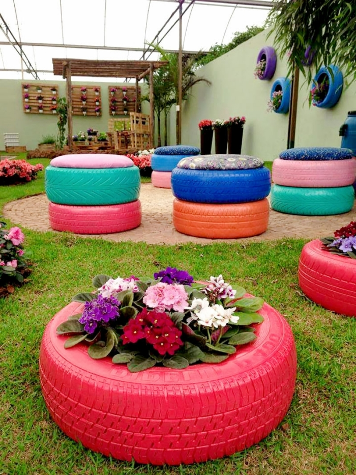 projet de recyclage de pneu facile et petit budget, modèle de jardinière originale à réaliser soi-même avec vieux pneus